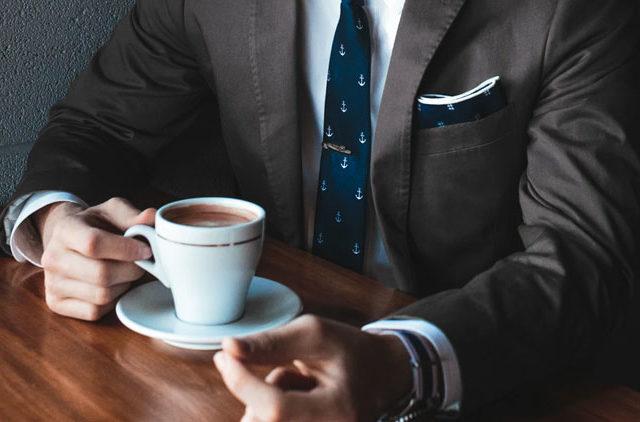 Ερώτηση: Είναι αλήθεια ότι ο καφές είναι το «μυστικό ρόφημα» για καλή στύση;